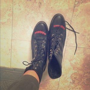 Awesome Laredo black boots